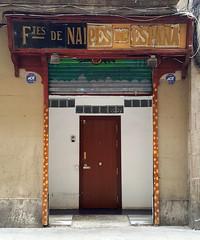 Ftes. de Naipes de Espaa (neg_ocio) Tags: cerrado juego letrero antiguo cartel tipografa tradicional negocio