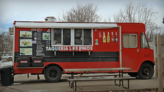 Taqueria Los Pinos Taco Truck in Des Moines, Iowa (Tyrgyzistan) Tags: truck tacos mexicanfood taqueria desmoines polkcounty centraliowa iowafood trendyfoodtruck eastsidedesmoines iowamexican east14thstdesmoines