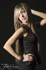 YOC_2641 (Fher_Garza) Tags: woman black fashion dark studio mujer model nikon dress photoshoot style modelo indoors blonde photostudio casual lightning nightdress studioshots nikond7000