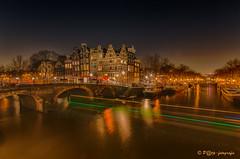 Amsterdam @ night (www.petje-fotografie.nl) Tags: water amsterdam boten bluehour avond keizersgracht gracht brouwersgracht spiegeling verlichting hoofdstad