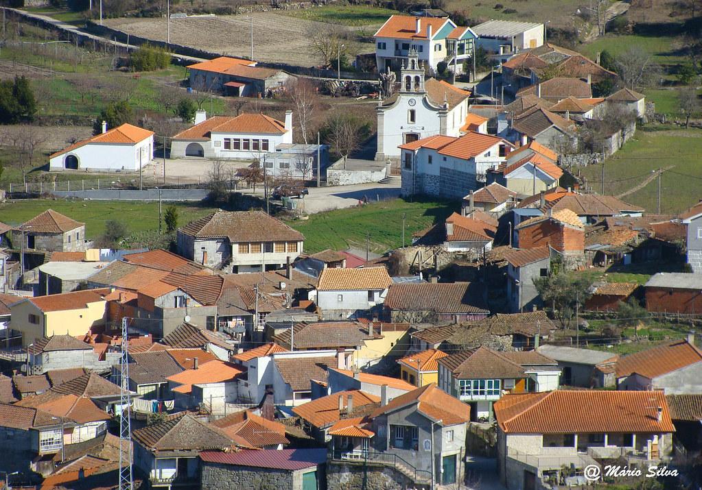 Águas Frias (Chaves) - ... vista geral da Aldeia