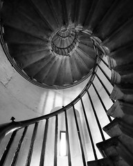 The Monument Saircase (Manuel Buetti) Tags: uk bw london art beautiful architecture stairs blackwhite arte architettura architetture primelens xt1 manuelbuetti
