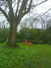 P1380467 Bessborough Family Parkland, Herts (londonconstant) Tags: uk sculpture photos contemporaryart paintings gb londonconstant costilondra