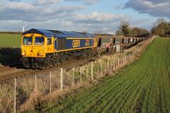 66761 Rushton (Gridboy56) Tags: uk railroad england train gm shed northamptonshire trains locomotive railways locomotives kettering bardon class66 emd neasden rushton railfreight bardonhill gbrf 66761 6m32