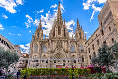Catedral de Barcelona (Sharky.pics) Tags: barcelona city urban architecture spain europe catalonia catalunya es catedraldebarcelona barcelonacathedral