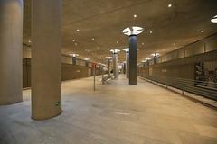 U-Bahnhof (U55) Bundestag (Pascal Volk) Tags: berlin underground subway metro platform bahnhof wideangle railwaystation ubahn wa ww subwaystation 16mm ubahnstation metrostation ubhf superwideangle undergroundrailway sww bvg berlinmitte uwa weitwinkel swa rapidtransit vbb ultrawideangle metrosystem uww untergrundbahn ubf ubahnhaltestelle berlinubahn ultraweitwinkel superweitwinkel berlinerverkehrsbetriebe u55 canonef1635mmf4lisusm canoneos6d uhst