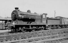 NBR   J37 5F  64624  at Dundee Tay Bridge (62B) shed (rac819) Tags: steam railways britishrailways steamlocomotives uksteam brsteam