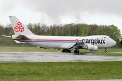 LX-KCV (vriesbde) Tags: cargo boeing lux boeing747 747 luxemburg cargolux 747400 744 boeing747400 dudelange ellx findel lxkcv boeing7474r7f 7474r7f cityofdudelange 7474r7 boeing7474r7 luxemburgfindel