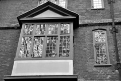 'Window Of The Past' (EZTD) Tags: inglaterra england london photography foto image photos photograph fotos londres angleterre ingles lin londra ec1 cityoflondon londinium 2016 londonist londonengland capitalcity londonistas 1597 linphotos thisislondon mylondon nikond90 londonimages imagesoflondon londonista allabouttheimage eztd eztdphotography oldesthouseinlondon eztdphotos april2016 eztdgroup londonimagenetwork pictoriallondon londonmylondon eztdfotos 41clothfair photosdelondres