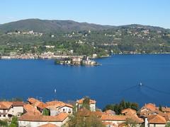 Lago d'Orta, Piemonte - Italia (frank28883) Tags: pella lagodorta novara lakeoforta cusio isoladisangiulio ortasangiulio alzo miasino ortalake lacdorta