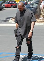 FFN_IMAGE_52034496 FFN_SET_70005967 (SneakerDaily) Tags: usa blacktop calabasas blackshoes blackpants kanyewest
