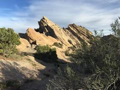 IMG_3573 (lnewman333) Tags: park sky clouds rocks socal southerncalifornia santaclarita vasquezrocks losangelescounty aguadulcecanyon