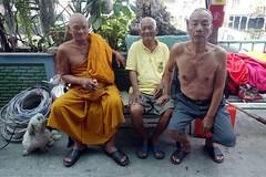 three old men and a dog (the foreign photographer - ) Tags: old dog men portraits thailand three bangkok sony monk bang bua khlong bangkhen rx100 dscjan302016sony