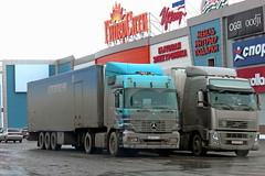 Mercedes-Benz Actros   824  174 (RUS) (zauralec) Tags: auto car mercedesbenz truk 174 824 rus    actros kurgan           shoppingcenterhypercity