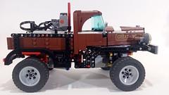1946 Dodge Power Wagon 62.4 Trial Truck side (koffiemoc) Tags: car truck power lego dodge functions trial moc 624 lowlug