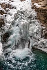 Tourist day-134 (ivanyip04) Tags: johnstoncanyon grottocanyon grassilakes