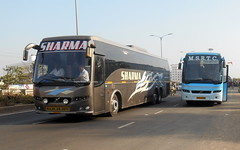 Sharma  Multi Axle Volvo B9R And MSRTC Shivneri Spotted at Wakad Pune (gouravshinde94) Tags: msrtc shivneri volvo bus b7r sharama multiaxle b9r pune bangalore