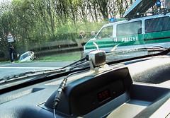 Ab in den Graben (Trophy84) Tags: auto tempo polizei rasen gefahr kurve graben raser zuschnell