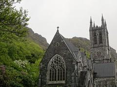 Kylemore Abbey's Cathedral (bernarou) Tags: county ireland lake galway abbey cathedral connemara irlanda kylemore ire