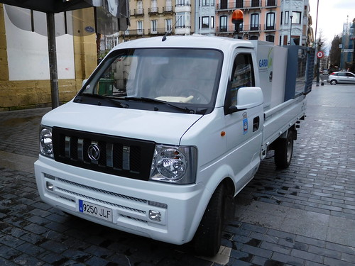 San Sebastian City Council Dongfeng/DFSK V21 mini truck, San Sebastian, Spain.