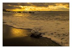 Puerto de la cruz (diegogonzlezvilda) Tags: costa atardecer mar playa paisaje ocaso anochecer crepsculo