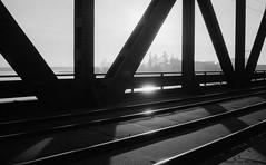 Brcke mit Stahlwerk (Maurits van den Toorn) Tags: bridge industry blackwhite industrial factory htte pont brug schwarzweiss brcke duisburg rhein ruhrgebiet rijn fabriek blastfurnace krupp rheinhausen hochofen indutrie hoogoven