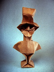 Mad Hatter (El sombrerero loco) - Neal Elias (Rui.Roda) Tags: face origami loco elias el bust mad papiroflexia rostro neal rosto visage hatter busto louco maluco sombrerero papierfalten chapeleiro