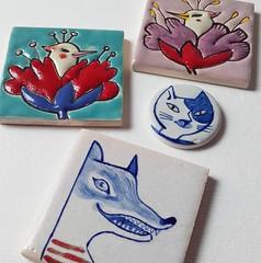 New ceramic pins (Susana Carvalhinhos) Tags: bird illustration cat ceramic wolf pin pregadeira brooch pssaro cermica tiles gato lobo azulejo ilustrao