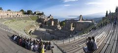 Teatro Antico Taormina (D@niel&) Tags: panorama teatro italia mare cielo taormina turismo antico sicilia vacanze concerti landsacpe