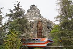 Matterhorn Bobsleds and Disneyland Monorail (GMLSKIS) Tags: california disneyland disney amusementpark monorail anaheim matterhornbobsleds