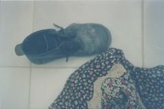 Bootless. (Larissa Fotografias) Tags: summer brazil film girl brasil riodejaneiro analog vintage boot shoes dress floor kodak folk nostalgia barefoot nostalgic hippie summertime zenit kodakfilm zenit12xp analogcamera analogphotograph bootless filmphotograph zenitcamera