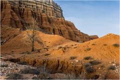RAMBLA BARRACHINA V (Juan J. Marqués) Tags: teruel ramblas amarillos erosión ocres aridez arcillas
