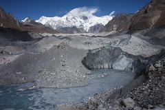 Moraine (Indrik myneur) Tags: khumbu moraine glacierlake ngozumpaglacier ebctrek