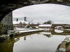Hartshill Wharf (Eeee Bi Gum) Tags: winter england snow canal unitedkingdom crane warwickshire coventrycanal hartshill hartshillwharf