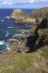 Pointe du Van, falaises (Ytierny) Tags: mer france vertical bretagne cte pointe van paysage falaise rocher sud finistre rcif iroise cornouaille ytierny