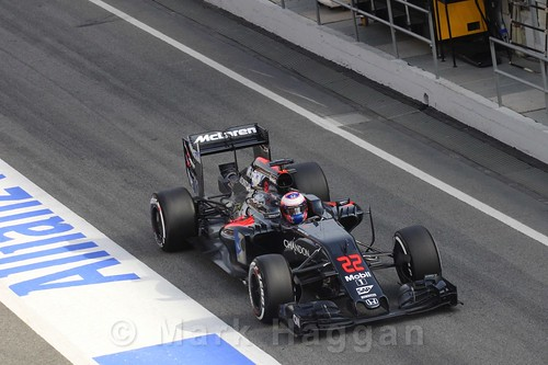 Jenson Button in his McLaren during Formula One Winter Testing 2016
