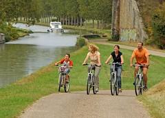 04 VALLE DEL LOIRA Loire à Vélo_Bannay© J Damase_CRT Centre Val de Loire