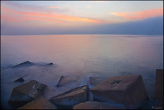 La maana (antoniocamero21) Tags: barcelona color marina puerto mar agua foto sony paisaje amanecer cielo barceloneta catalunya bloques