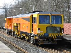 Tamper DR73906 on 6J46 11:30 Crewe P.A.D. to Guide Bridge B'sde Sdgs at Cheadle Hulme 27/03/2016 (37686) Tags: bridge pad crewe 1130 guide hulme tamper cheadle sdgs bsde dr73906 6j46 27032016