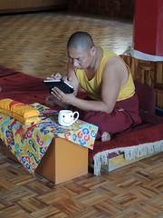 Monaco tibetano (chiarafratocchi) Tags: travel india smile monaco lettura moderno tibetano tazza spiritualit