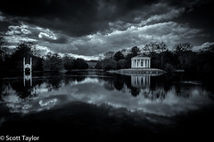 The Lake (Scrufftie) Tags: longexposure monochrome canon mono blackwhite chilterns buckinghamshire style nationaltrust countryhouse lightroom westwycombe gitzotripod canonef24105mmf4lisusm niksilverefexpro2 formatthitechfilters nikcollection photoshopcc canon5dsr formatthitechndfilter
