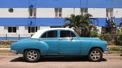 CUBA La Habana Vedado (stega60) Tags: street city blue car azul calle cuba centro center coche oldtimer oldcar antiguo lahabana stega60