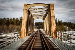 Meselefors, jrnvgsbron (Michael Erhardsson) Tags: april sverige bro vr norrland 2011 jrnvg inlandsbanan meselefors 20110411