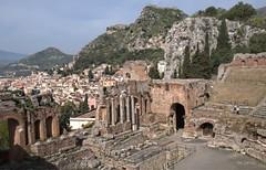 Ruiny teatru (zbyszekski) Tags: nikon theater italia taormina sycylia zabytek nikonphotography staroytno tetr