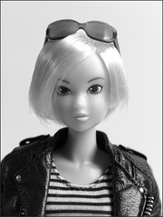 Momoko Andy Warhol :p (yoshi_lapoo) Tags: home doll robyn harvestmoon ccs pw sekiguchi momoko coolface spidereyes petworks 10aw