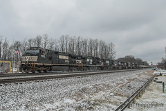 NS GE C40-9W #9510 @ Cresson, PA (Darryl Rule's Photography) Tags: winter snow tower heritage clouds train pc pennsylvania ns trains pa signals pennstate ge alto freight cpl psu freighttrain altoona norfolksouthern summerhill cresson emd intermodal westslope pennsylvaniarailroad pennsy penncentral dpu heritageunit