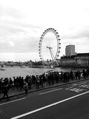 London Eye (rickarnah) Tags: urban blackandwhite london grunge londoneye londoncity touristattrction