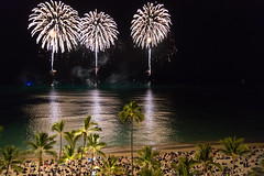 _HDA3859_181860.jpg (There is always more mystery) Tags: beach hawaii hotel waikiki oahu fireworks royalhawaiian