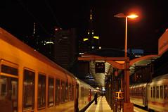 Einsteigen bitte (Patrick Z.) Tags: city light urban station skyline night train germany deutschland nacht frankfurt bank zug bahnhof midnight bahn commerzbank deutsche ffm mainhattan cnl citynightline germoney nachtzug