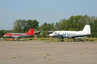 RA-1114K & FLARF-02299 Ilyushin IL-14 @ Moscow Myachkovo 15-Aug-2005 by Johan Hetebrij
